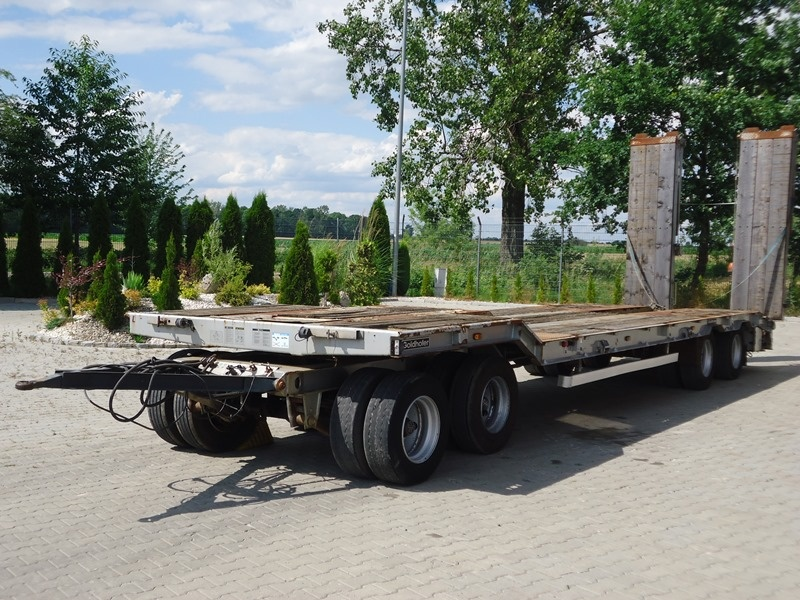 GOLDHOFER TU 4-32/80 LOW LOADER TRAILER